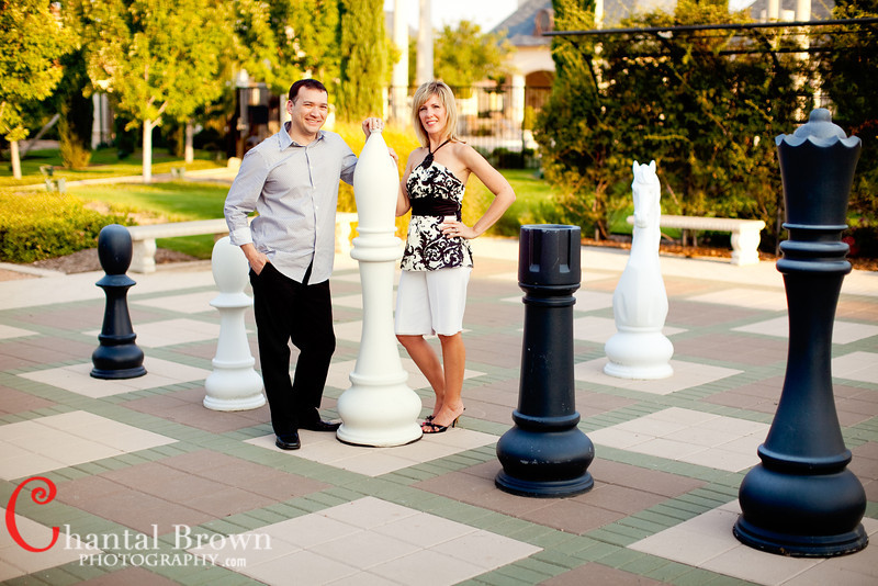 Life Size Chess Pieces Brad Amy Fun At Avignon Windhaven Estate Plano Engagement
