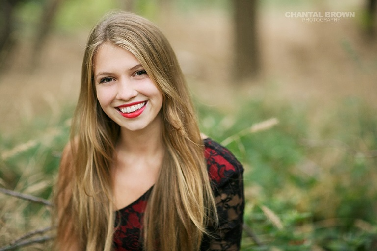 Pretty smile of greenhill high school Addison senior portraits taken by Chantal Brown Addison senior portrait photographer.